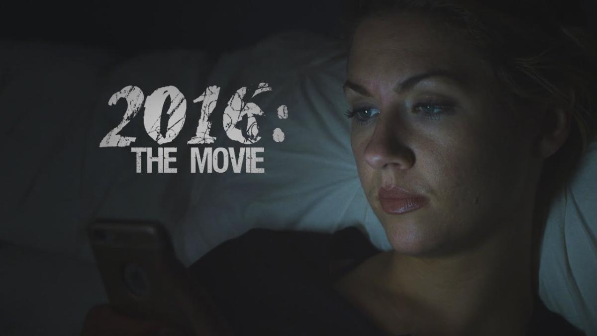 Así sería el tráiler de 2016 si fuera una película de terror.