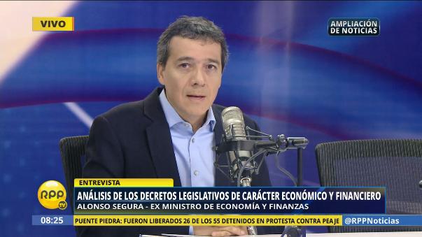 Segura analizó los decretos legislativos para impulsar la economía en el Perú.