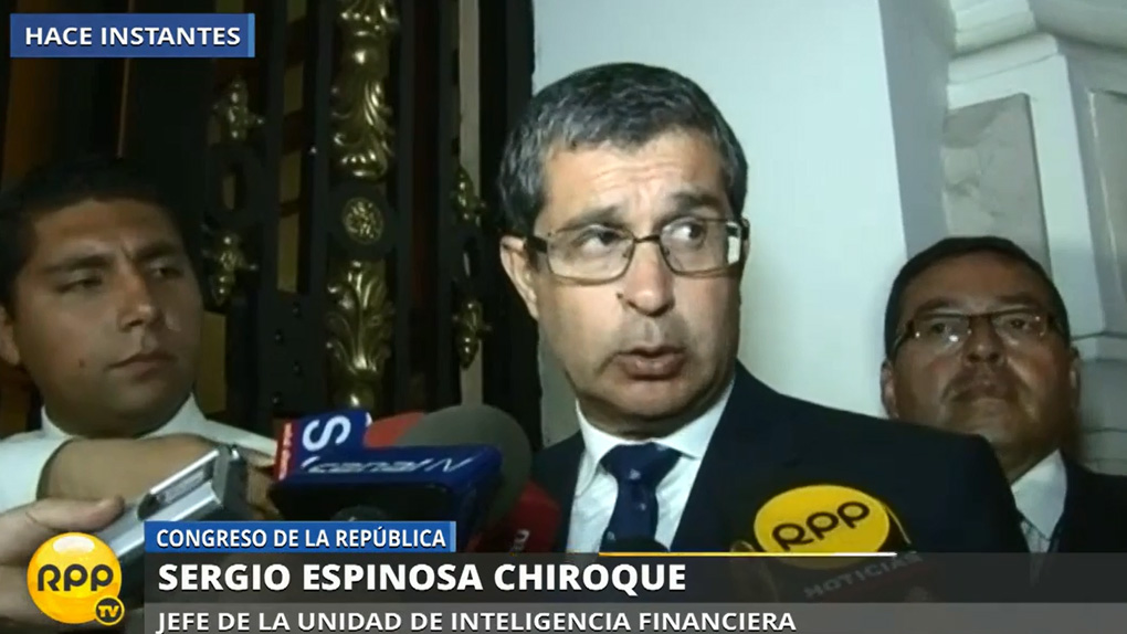 El jefe de la UIF Sergio Espinosa Chiroque se presentó este miércoles en la comisión Lava Jato.