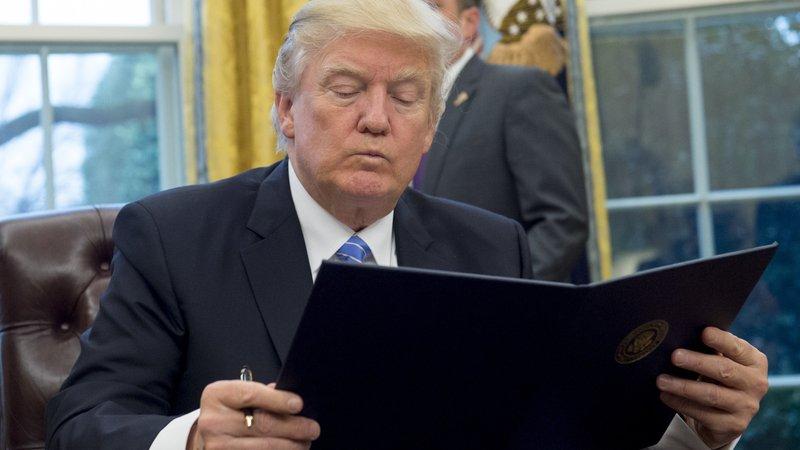 Trump decretó este lunes la salida definitiva de Estados Unidos del Acuerdo Transpacífico.