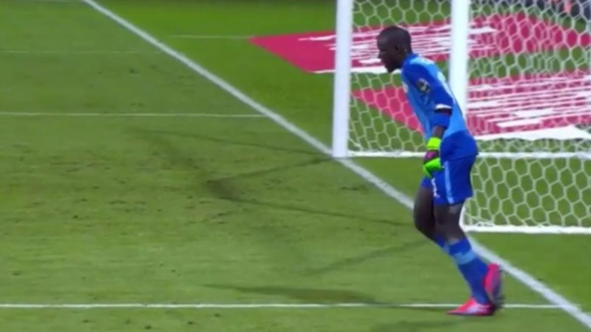 Senegal empató contra Argelia y lo eliminó de la Copa Africana de Naciones.