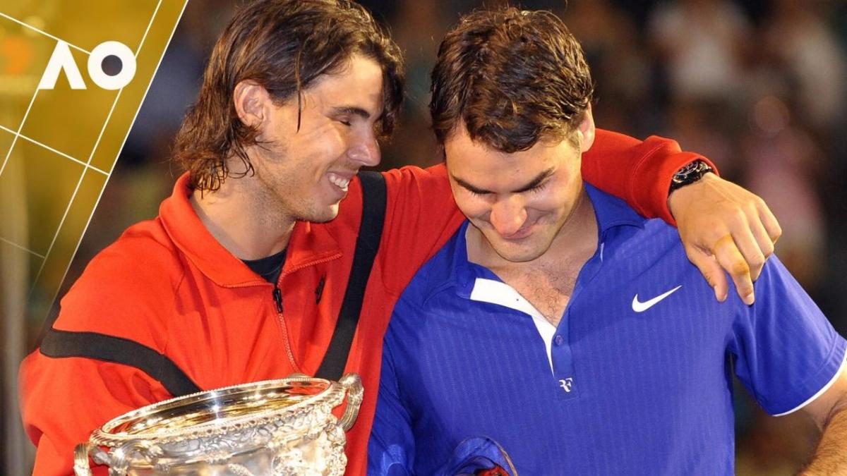 Mira las jugadas de la final Australian Open 2009 entre Roger Federer y Rafael Nadal, publicadas por la propia organización del torneo. Aquella vez, el suizo rompió en llanto por su derrota.