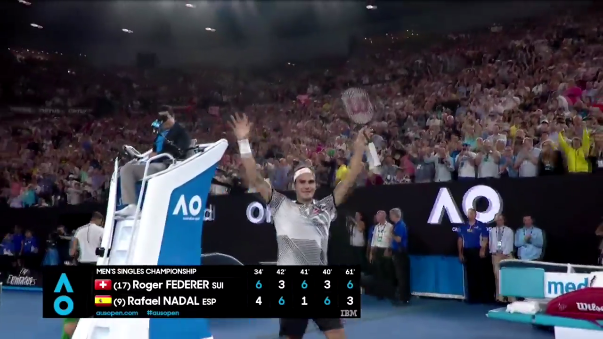 Así celebró Federer su triunfo.