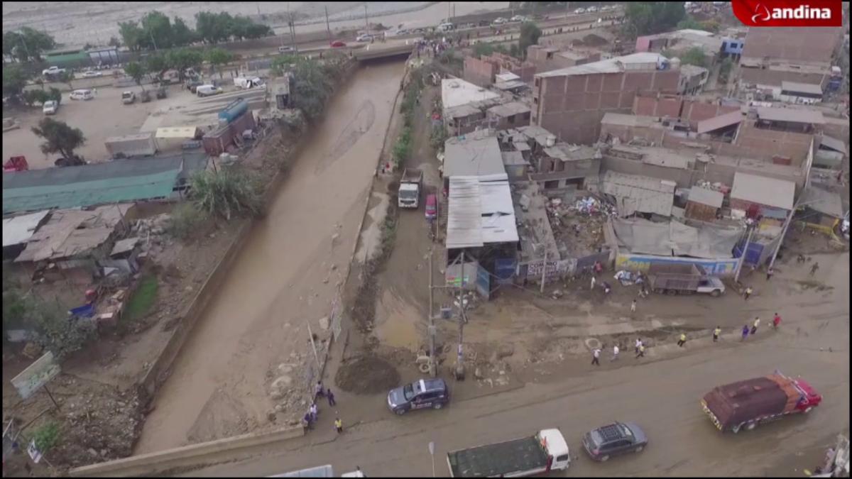 Las imágenes aéreas de las zonas afectadas por el desborde del río Huaycoloro.
