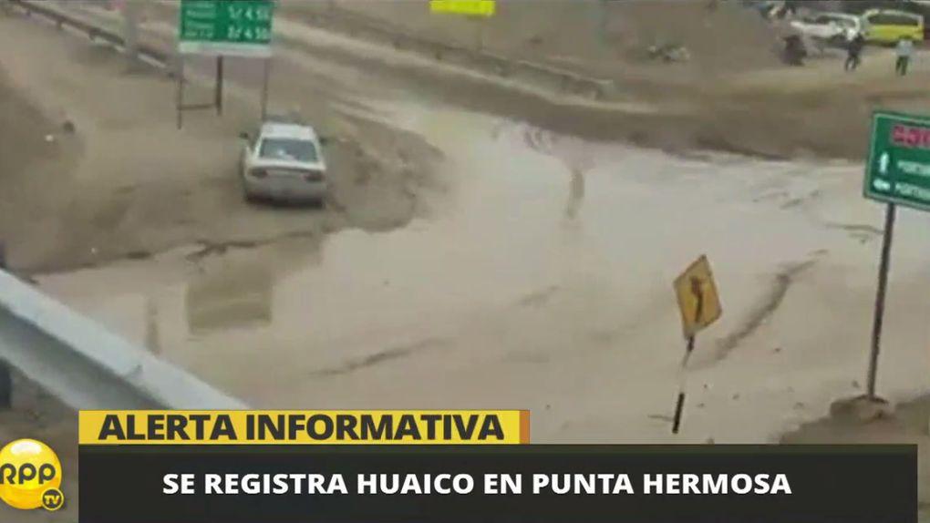 La Municipalidad de Lima explicó que la Panamericana Sur no se vio afectada por el deslizamiento.