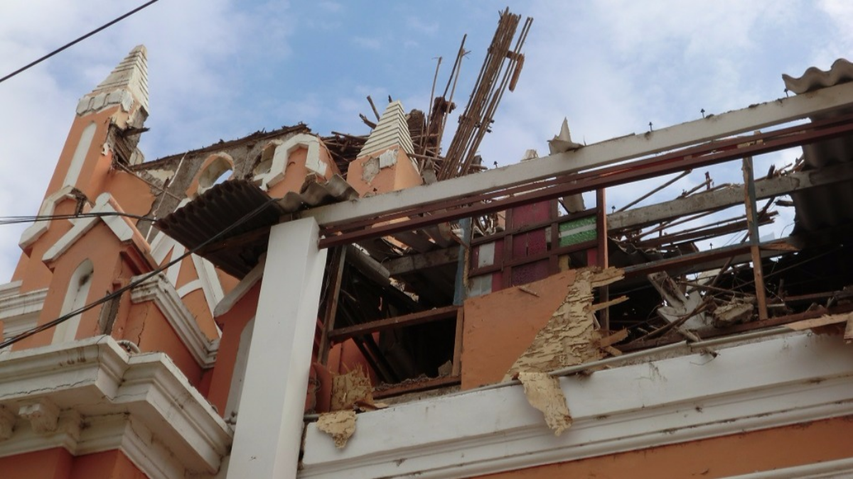 El 30% de la capilla se derrumbó.