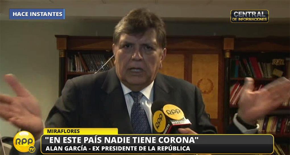 El expresidente Alan García llegó a lima este jueves para dar testimonio en la Fiscalía.