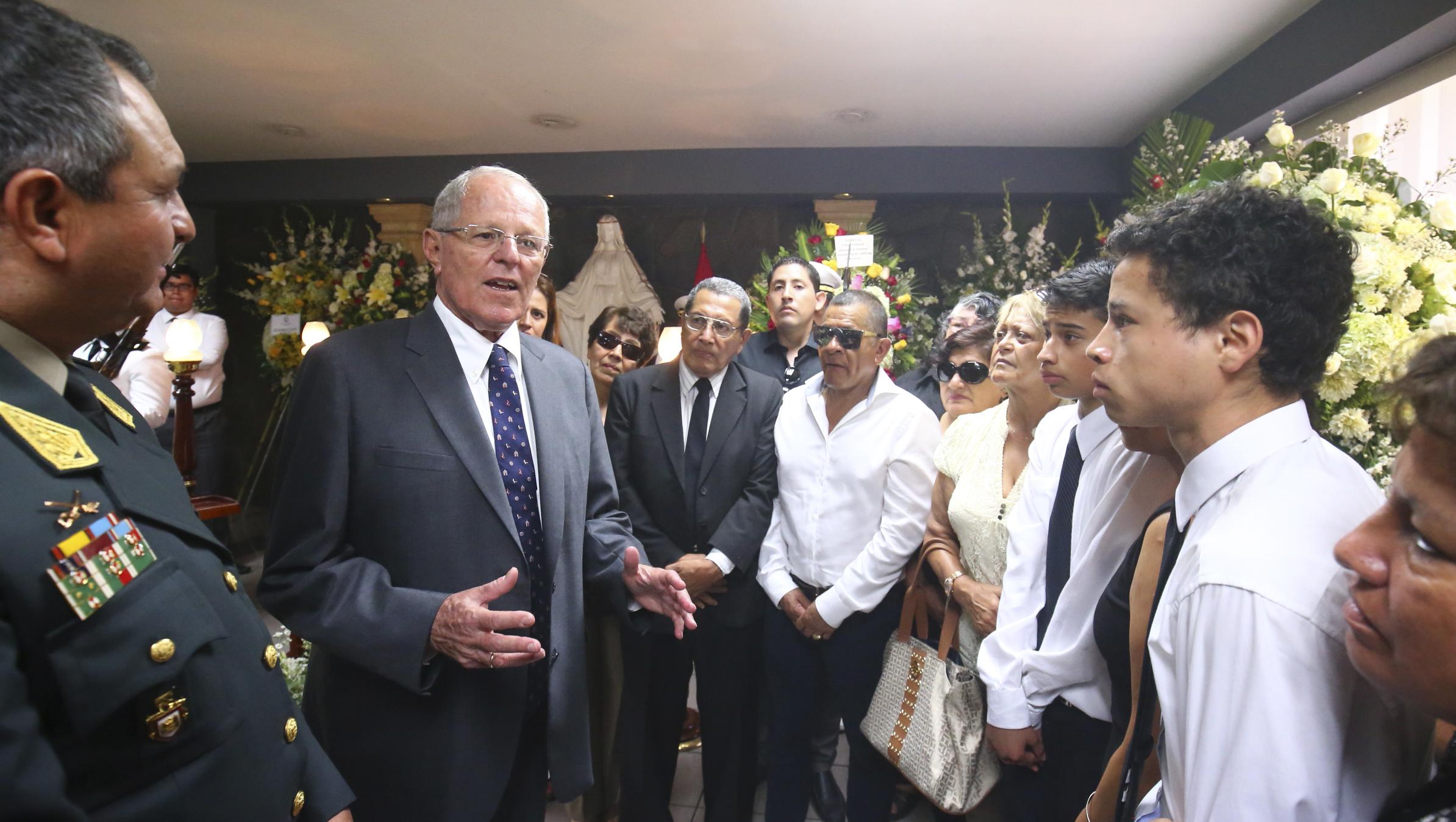 El presidente Kuczynski dio el pésame a la familia del mayor Felipe Andrade Arroyo.