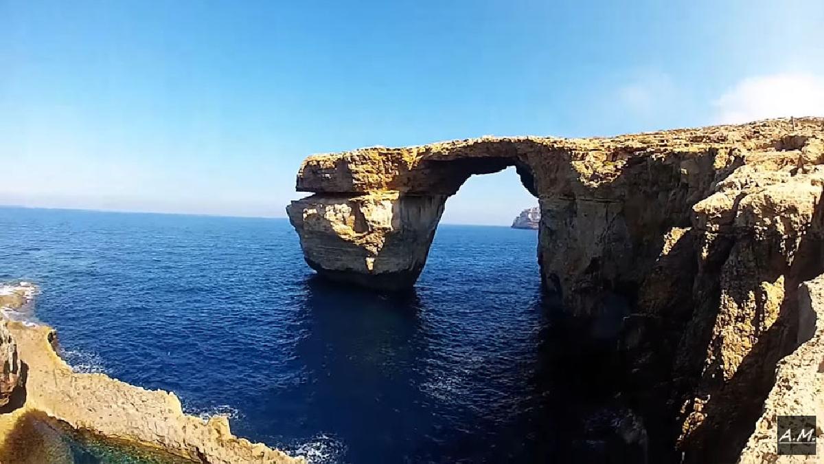 Se derrumbó la icónica Ventana Azul de Malta