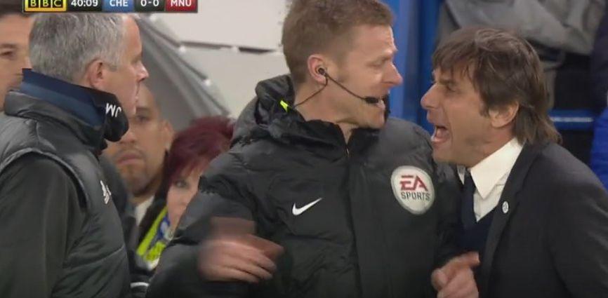 Uno de los momentos más calientes en el Chelsea - Manchester United.