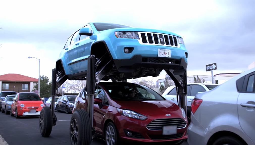 Se trata de un Jeep Grand Cherokee con distinta carrocería.