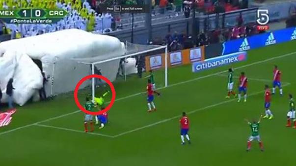 Costa Rica perdió con un error de Keylor Navas.