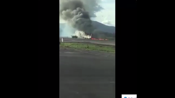La aeronave sufrió una falla técnica en el tren de aterrizaje.