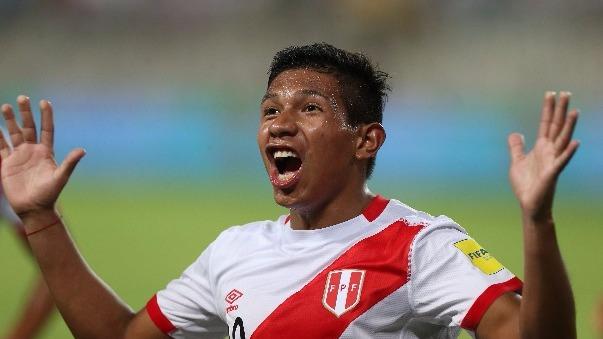 Edison Flores marcó el 2-1 a los 62 minutos del partido.