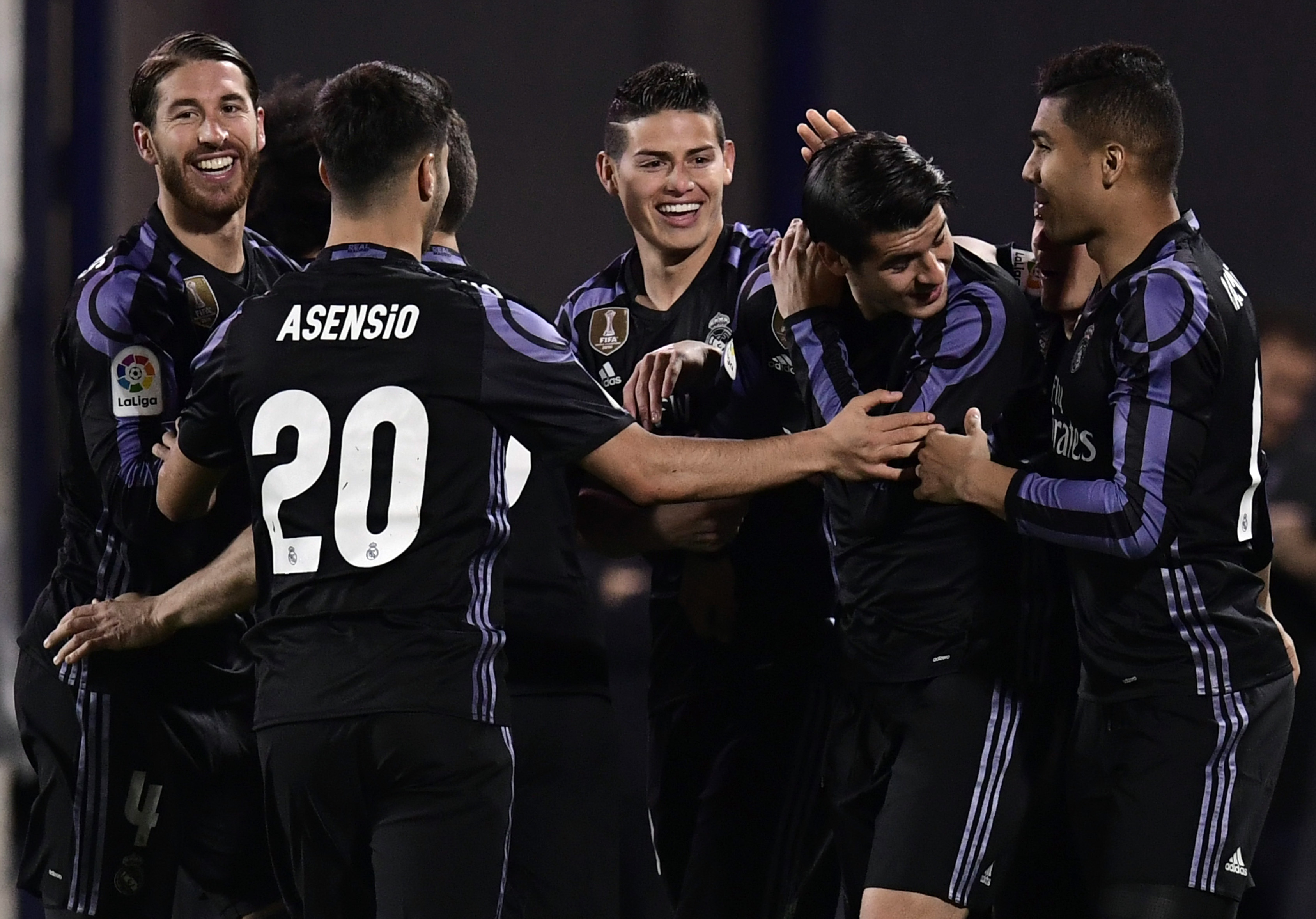Real Madrid es el único líder de la liga española con 71 puntos.