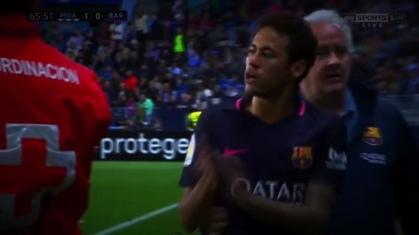 Neymar salió expulsado a los 65 minutos del partido.