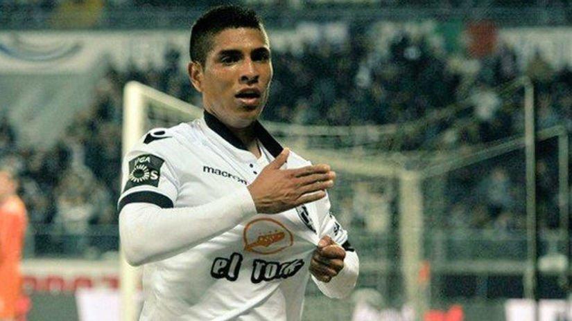 Paolo Hurtado está disputando una de sus mejores temporadas en el fútbol europeo.