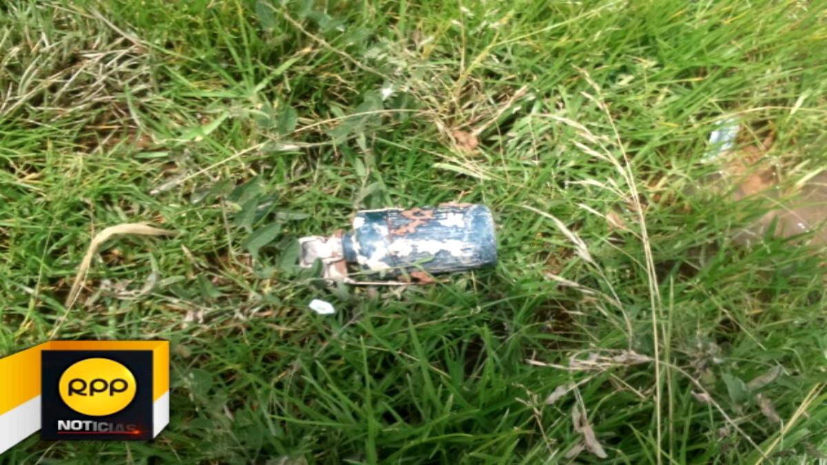 Esta es la granada de guerra que fue hallada dentro de un campo de cultivo de avena, en la comunidad de Chumo, Sicuani.