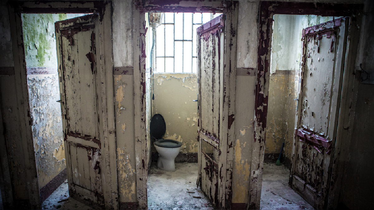 La salud pública está en emergencia. Los damnificados no pueden perder derechos prioritarios como el saneamiento y la higiene.