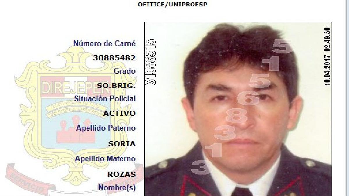 Un suboficial del Departamento de Investigación Criminal de la Región Policial del Cusco, se disparó frente a su pareja, al parecer moivado por los celos.