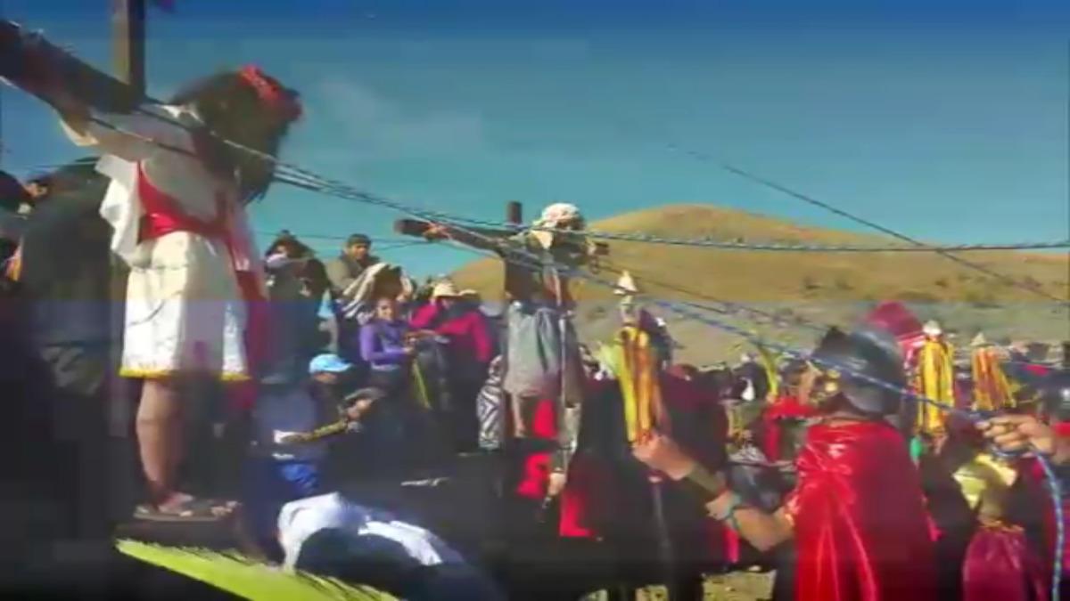 Escenificación de Vía Crucis en Puno.