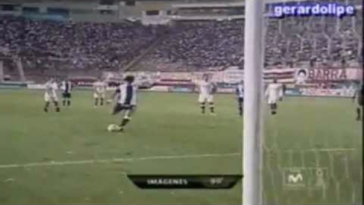 La última victoria de Universitario con goles de jugadores extranjeros.