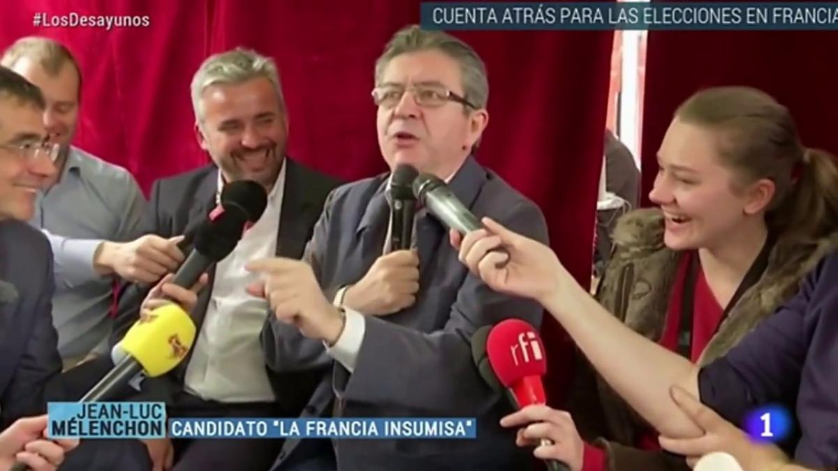 Melechon y otros tres candidatos compiten a la presidencia de Francia este domingo 23 de abril.