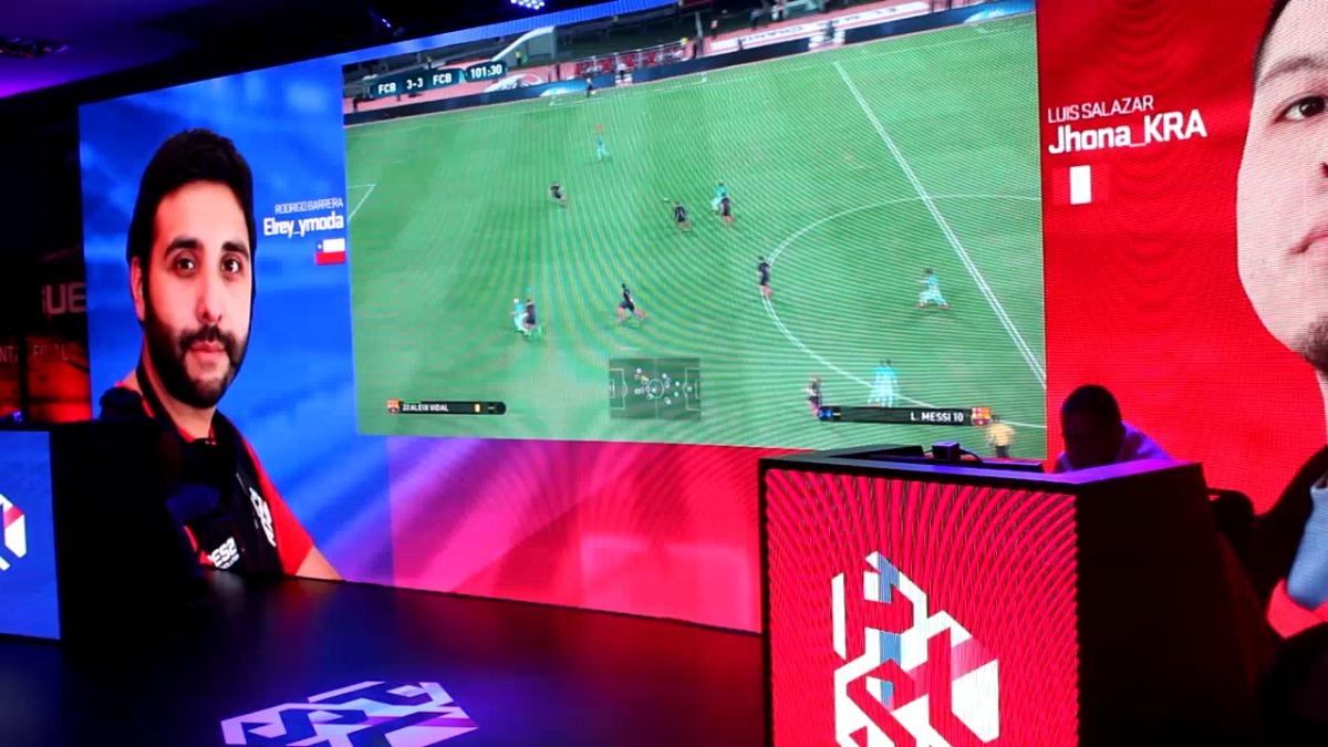 Así fue el gol que desempató la final entre el chileno y el peruano.