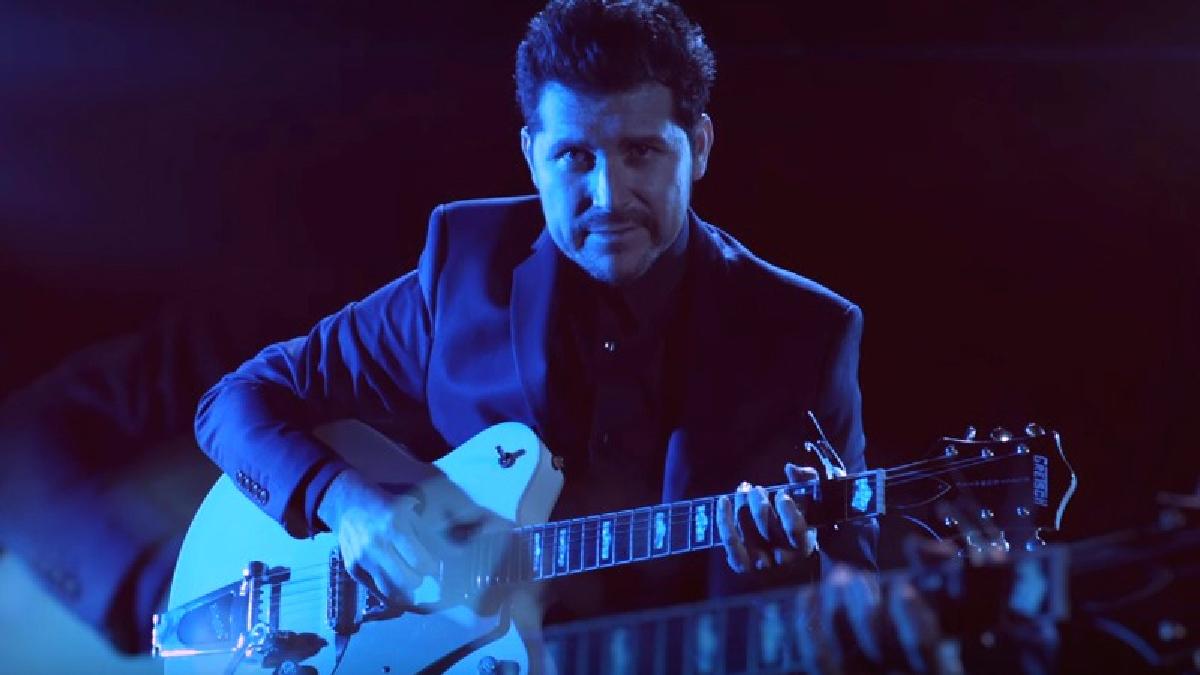 Manolo Hidalgo en el videoclip de 'Mariposas'
