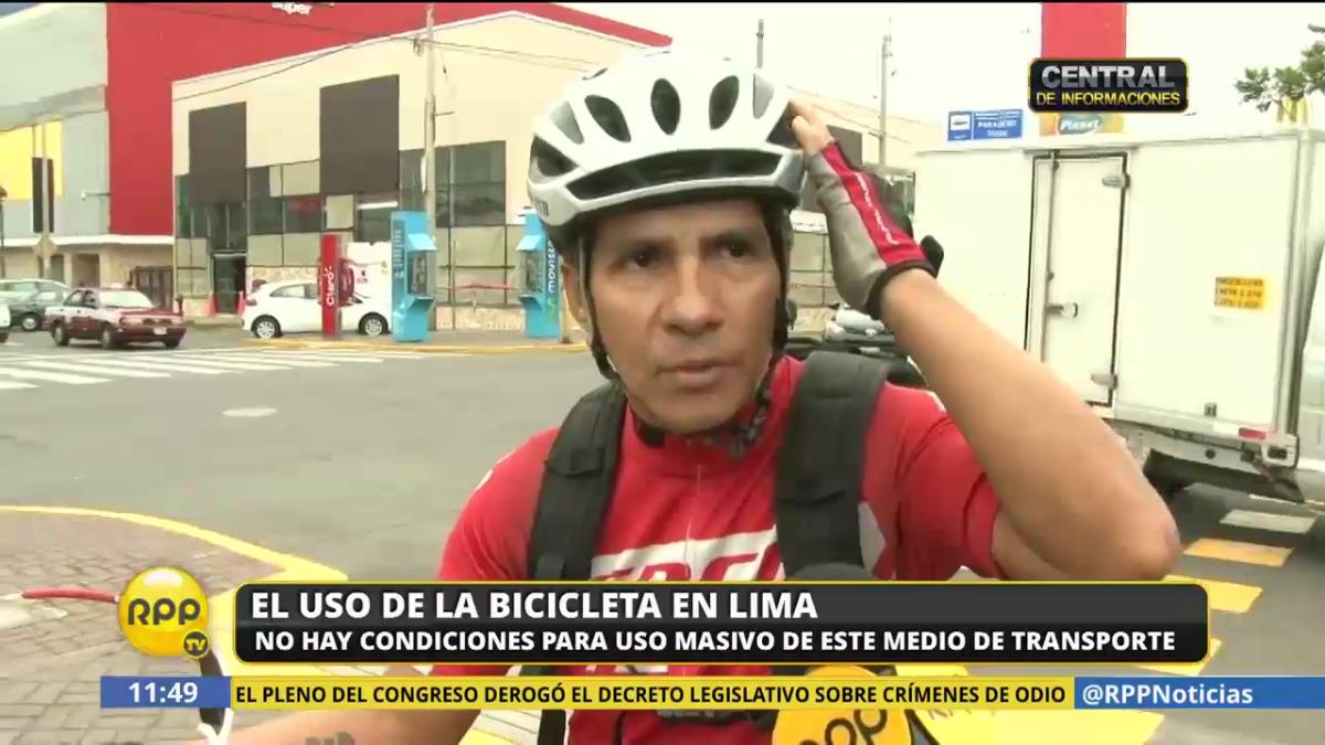 El casco, los guantes y los frenos son algunos de los implementos de seguridad necesarios para un ciclista.