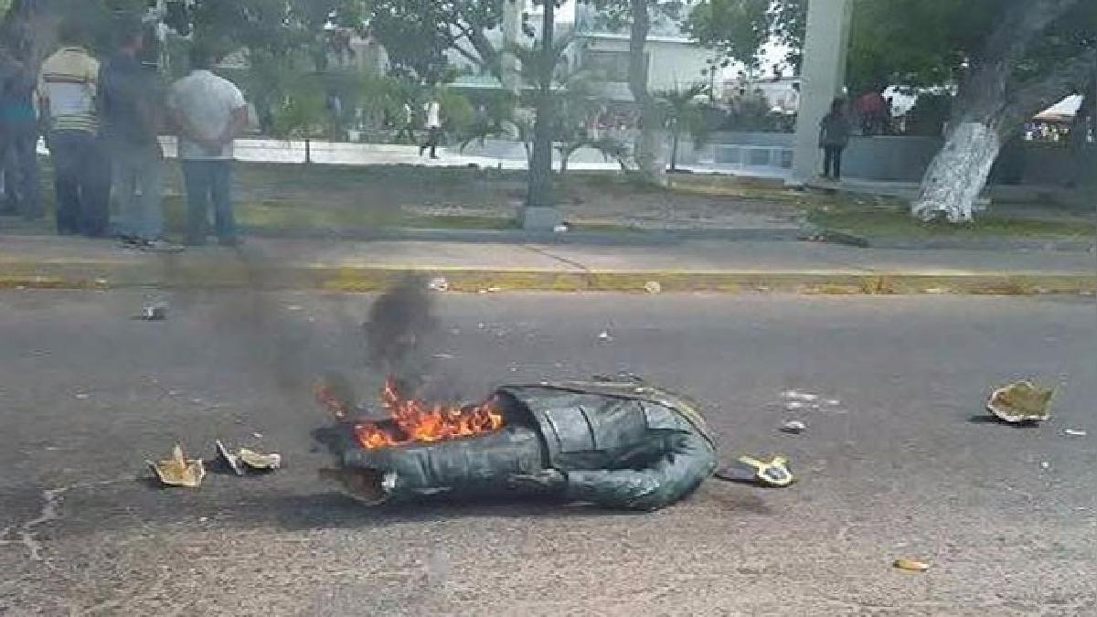 Las protestas que acabaron con la destrucción de la estatua de Hugo Chávez se registraron en el estado de Zulia.