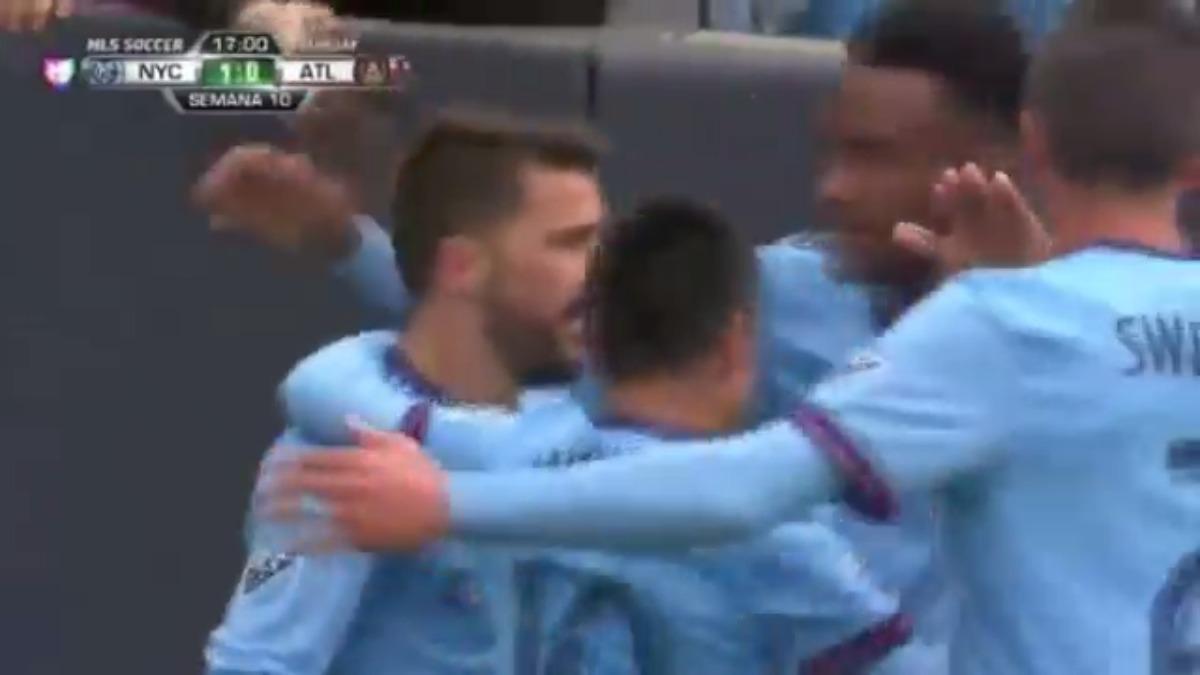 David Villa abrió el marcador de la goleada por 3-0 al Atlanta United.