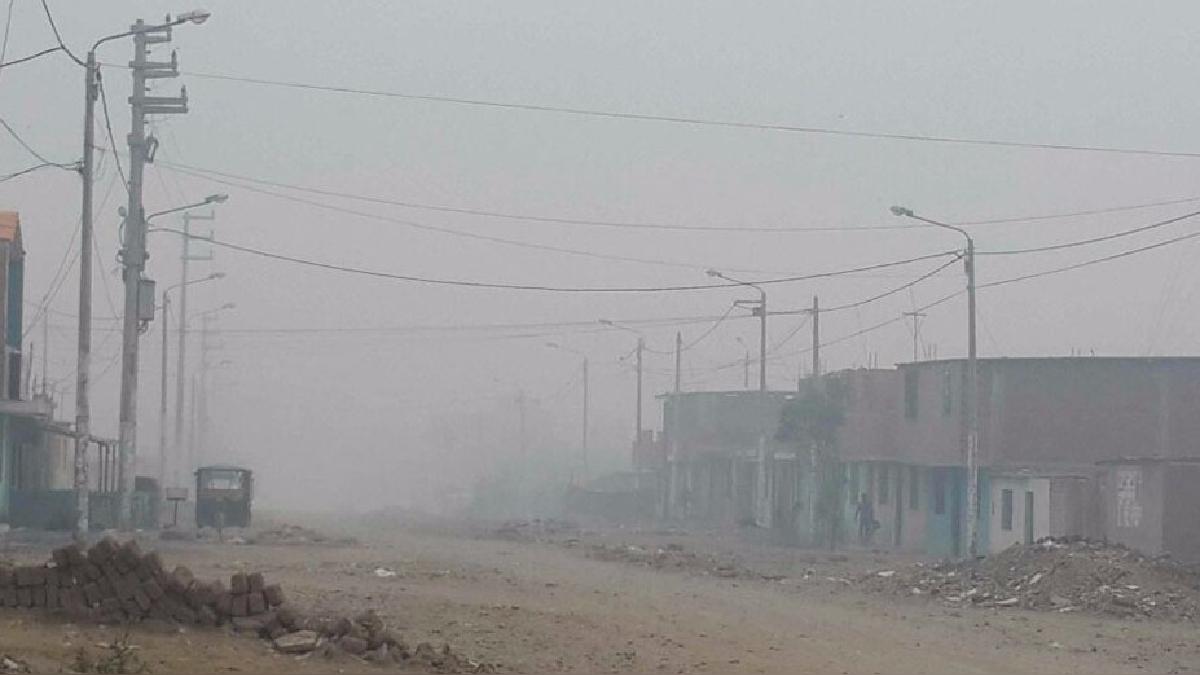 Así amanecen las calles de la ciudad de Huanchaco en la zona de El Milagro en la ciudad de Huanchaco.