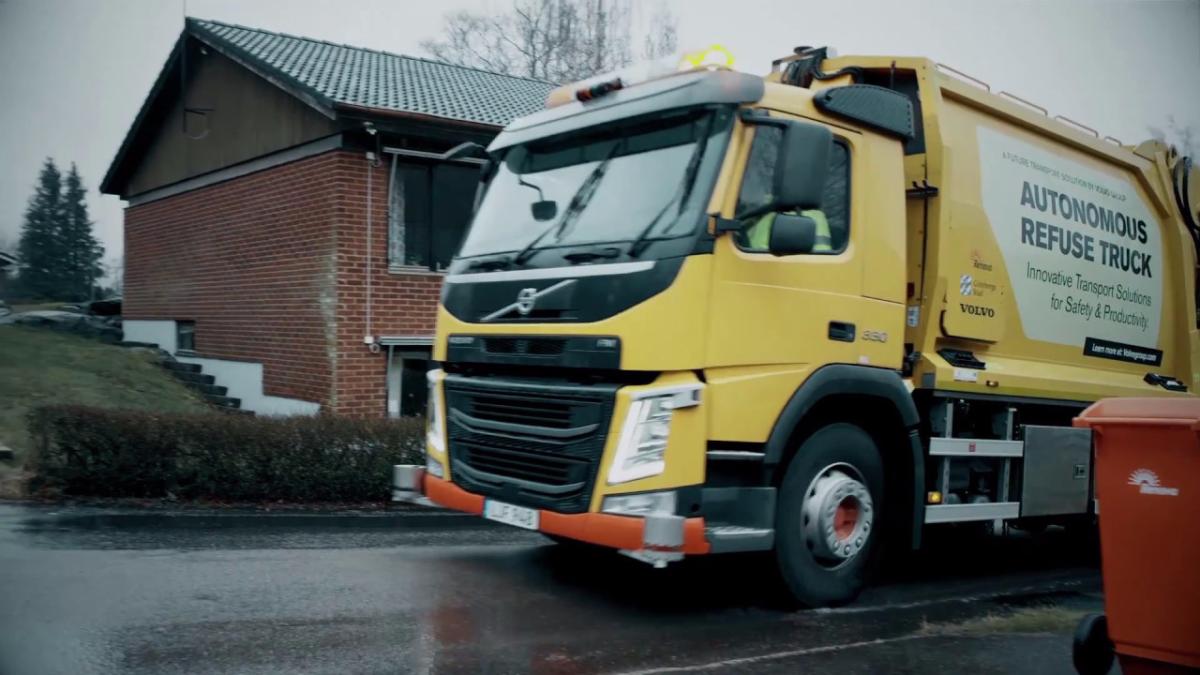 La empresa Volvo se encargó del diseño de este nuevo carro de basura automático.