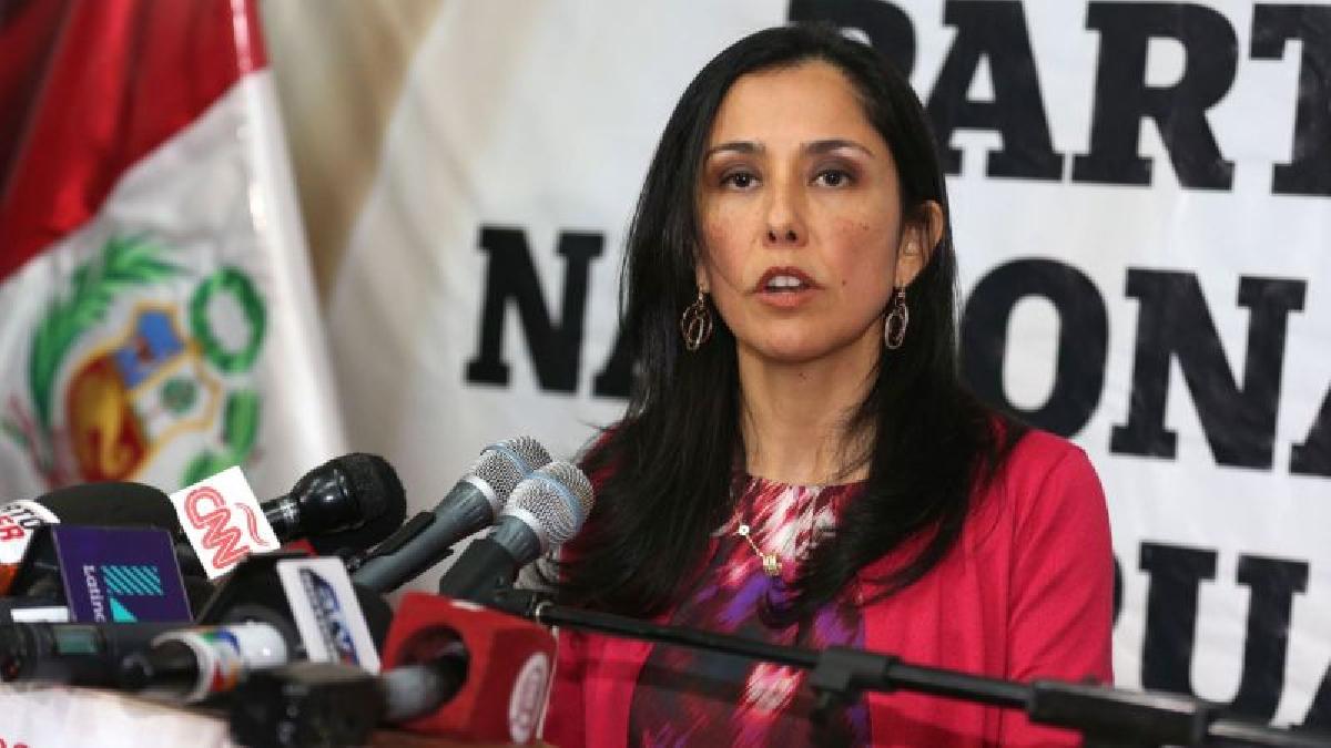 La Comisión de Fiscalización recomendó investigar a Nadine Heredia por usurpación de funciones, falsedad y encubrimiento.
