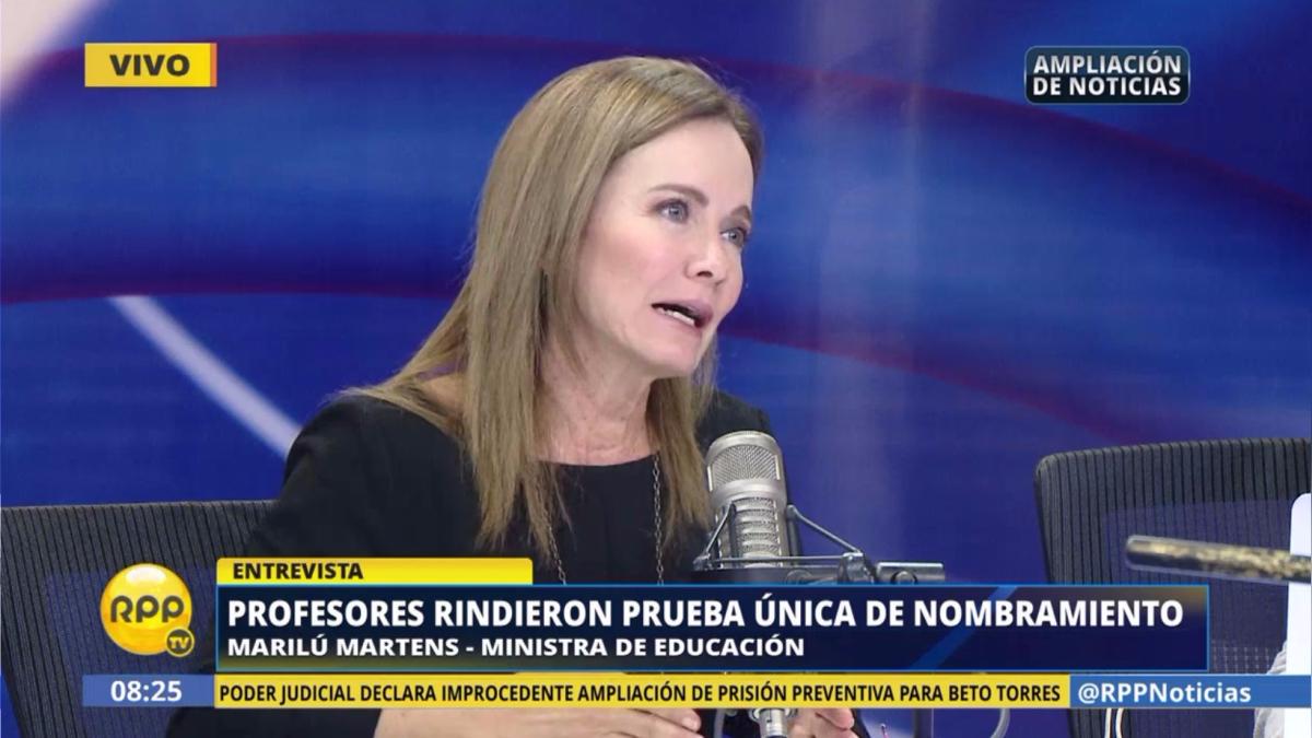 La ministra de Educación estuvo en Ampliación de Noticias para comentar sobre la prueba única de nombramiento de docentes.