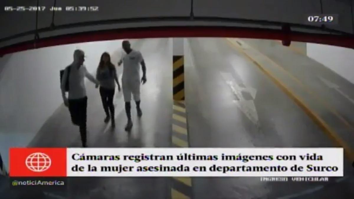 Las imégenes muestran a Málaga llegando acompañada de su víctima y un compañero de nacionalidad colombiana.