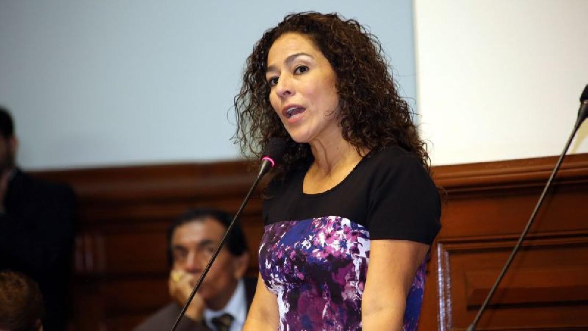 De confirmarse el rumor, Cecilia Chacón tiene muchas posibilidades de ser la sucesora de Luz Salgado.