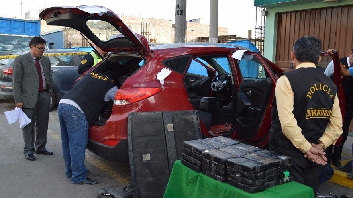Ochenta y cuatro kilos de droga se halló en auto, intervenido en La Joya.