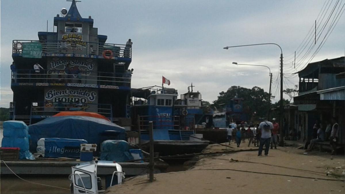 Embarcaciones retenidas en distrito de Lagunas.