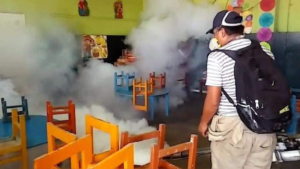 La Dirección Regional de Salud de Ica promueve ordenanza para sancionar a familias renuentes a las acciones de fumigación.