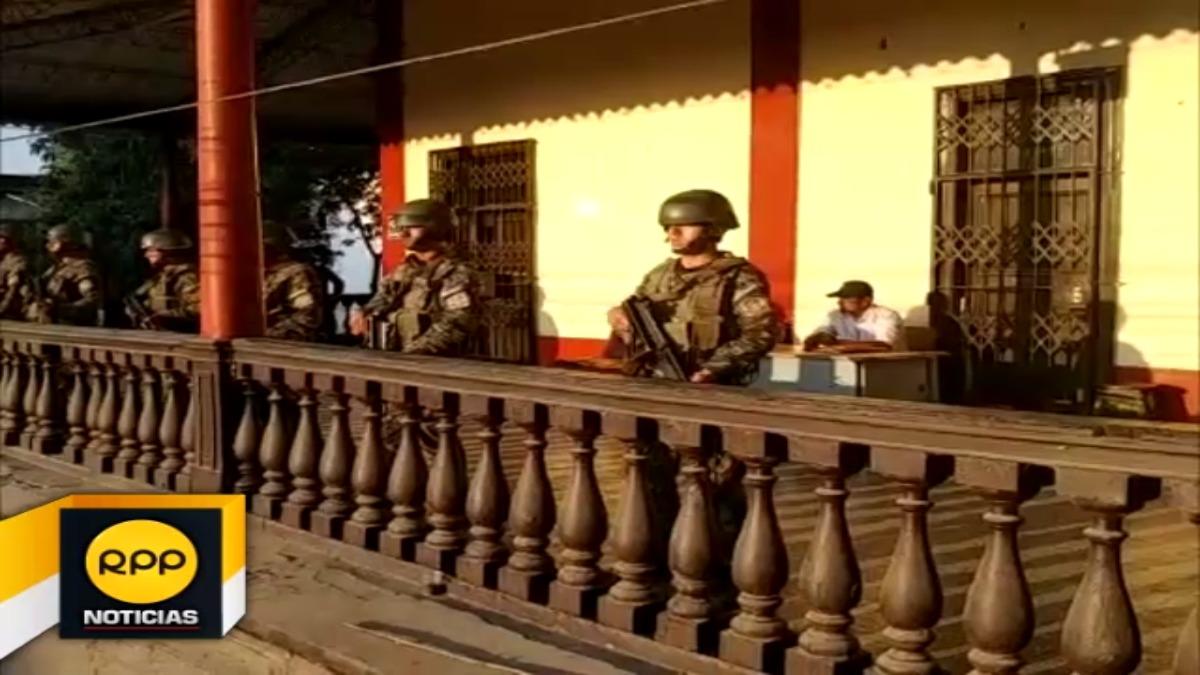 Soldados del Ejército custodian fábrica de tumán