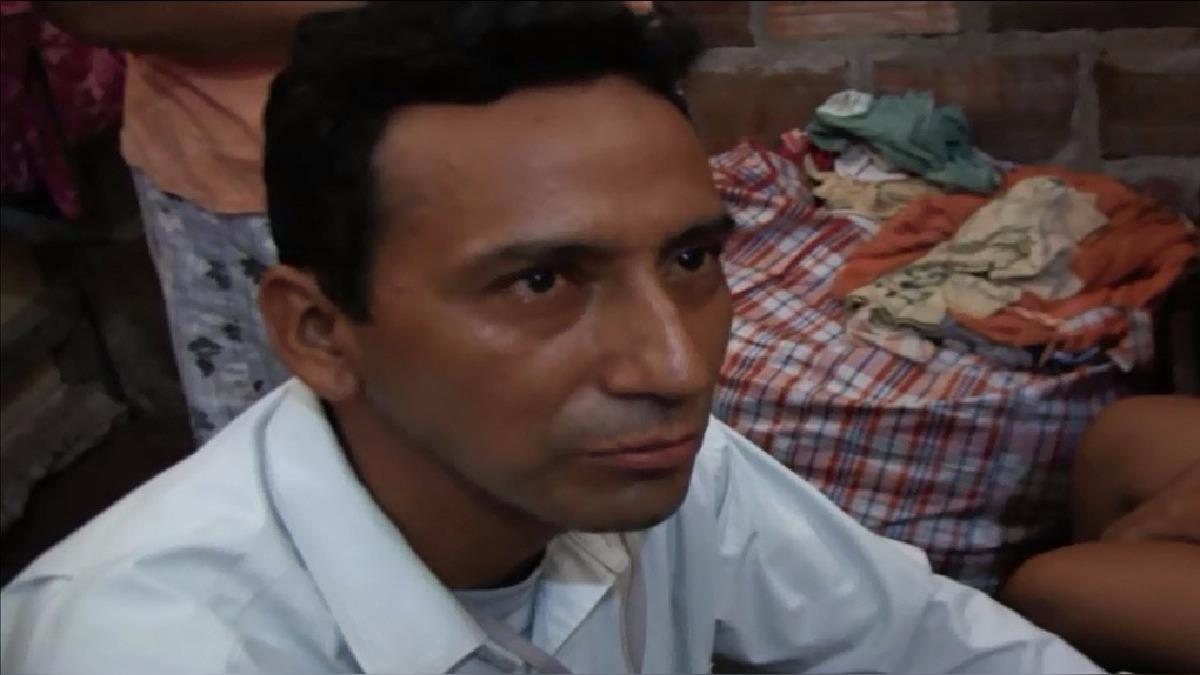 El pastor Gilbert Lozano Ríos dijo que un espíritu demoniaco se había apoderado de la escolar.