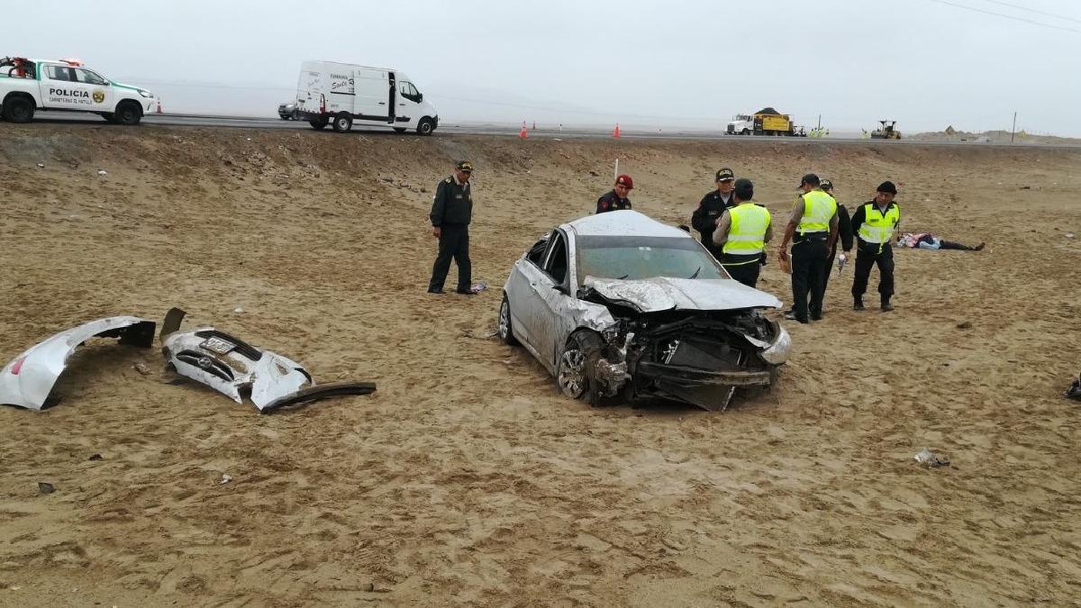 Despiste y vuelco de auto deja un muerto y tres heridos.