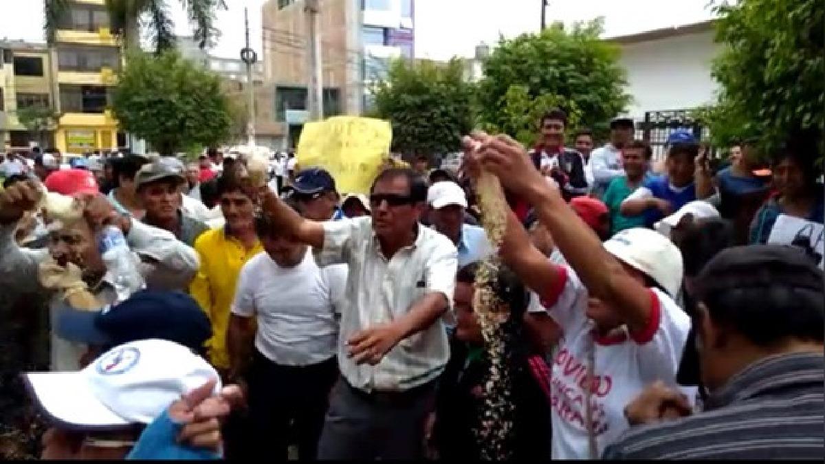 Manifestantes se trasladaron hasta Chiclayo para continuar con sus protestas iniciadas desde hace más de un mes.