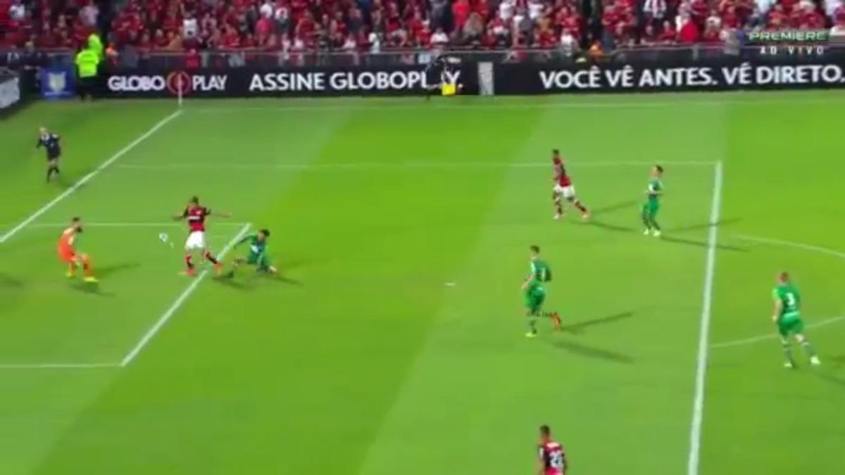 Es el primer gol de Paolo Guerrero en el Brasileirao 2017.
