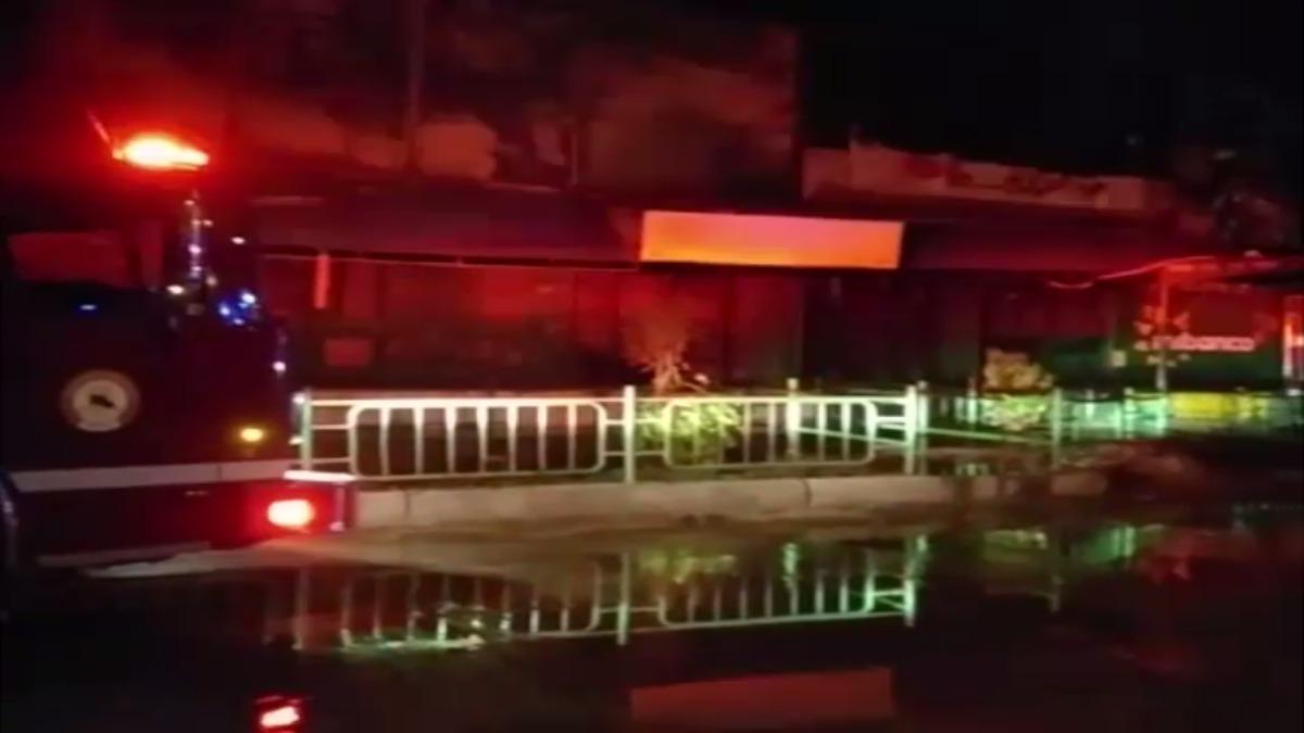 Incendio en el mercado de Telas.