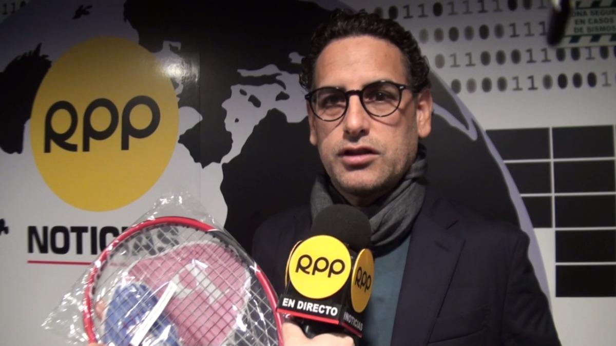Juan Diego Flórez contó cómo es que convenció a Roger Federer de ayudar a los peruanos.