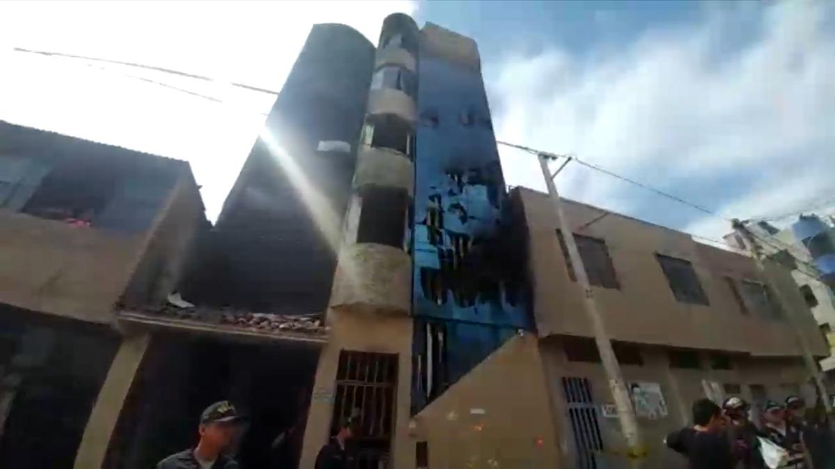 El dueño del edificio y del taller fue identificado como Dino Llano.