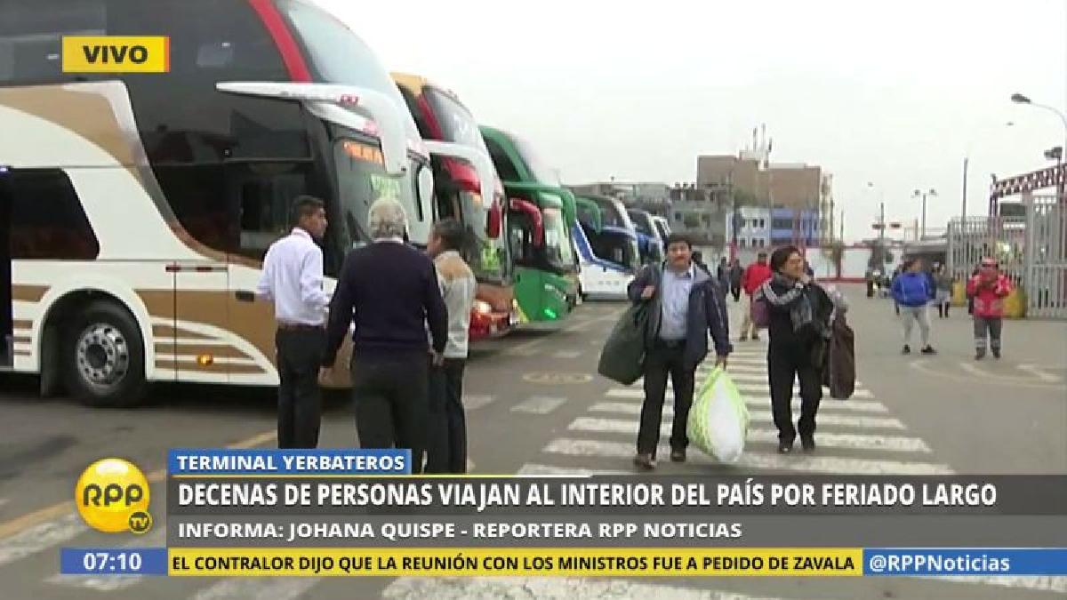 La afluencia de público ha aumentado en el terminal terrestre de Yerbateros.